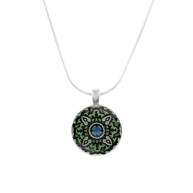 """Medallion / Green 18"""" Necklace"""